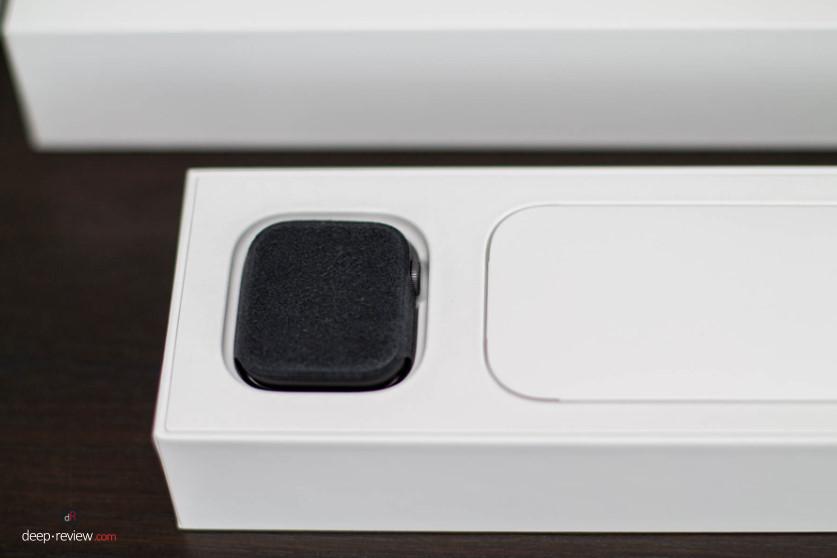 Apple Watch 4 Внутри коробки