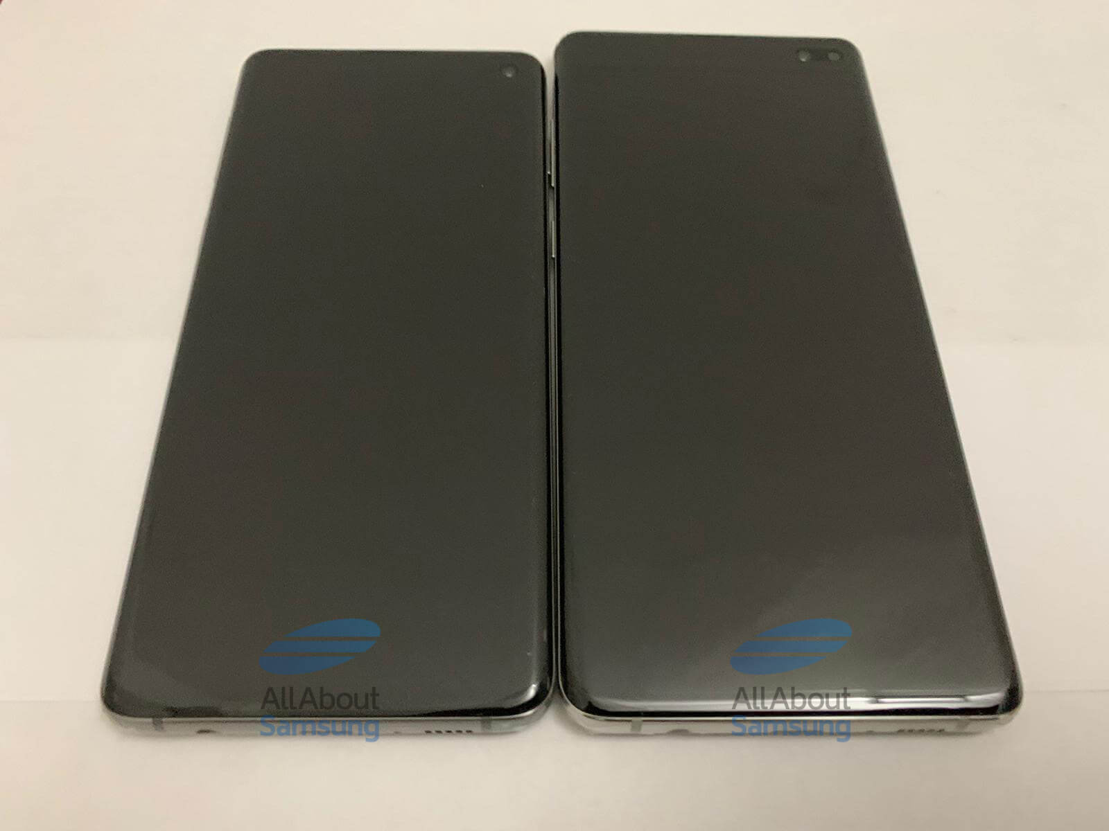 Galaxy S10 и S10+ выключен экран