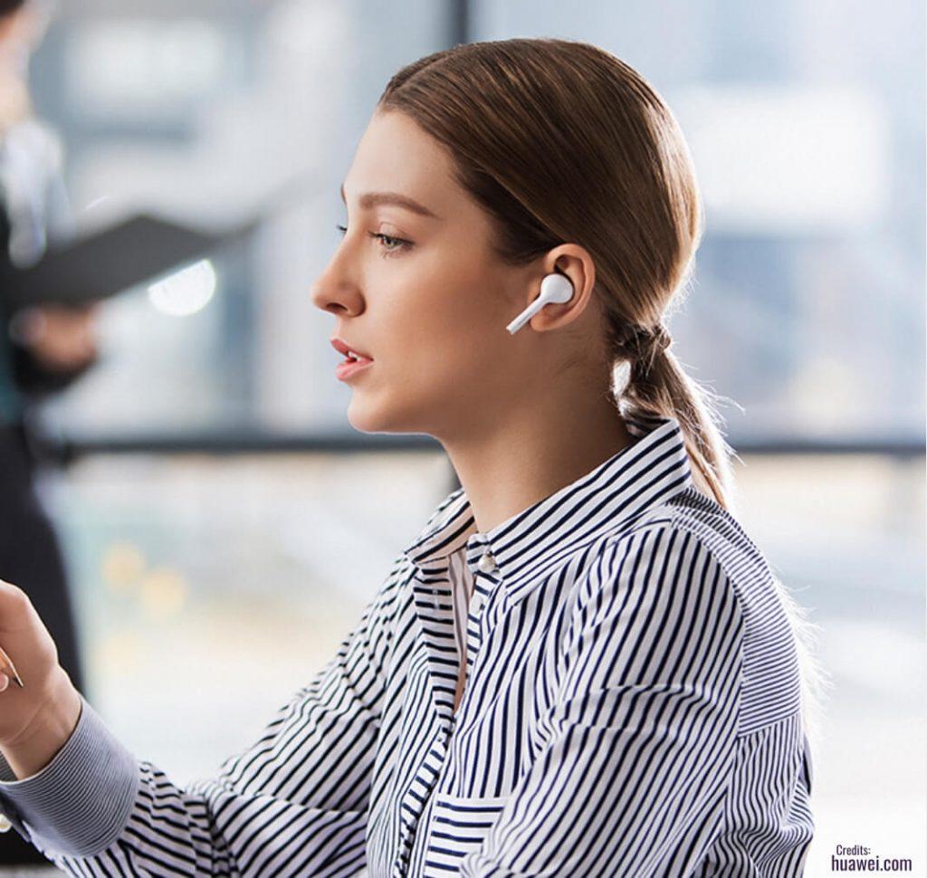 Как Huawei FreeBuds Lite выглядят в ушах