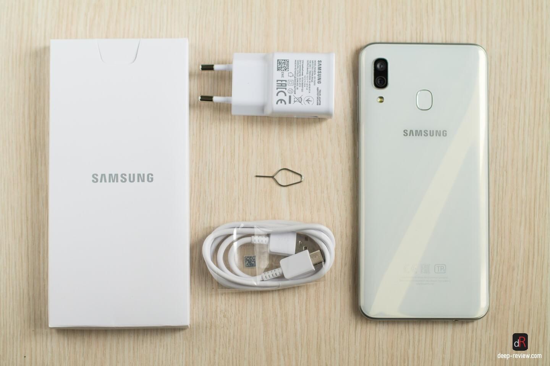 что в комплекте с Galaxy A30?