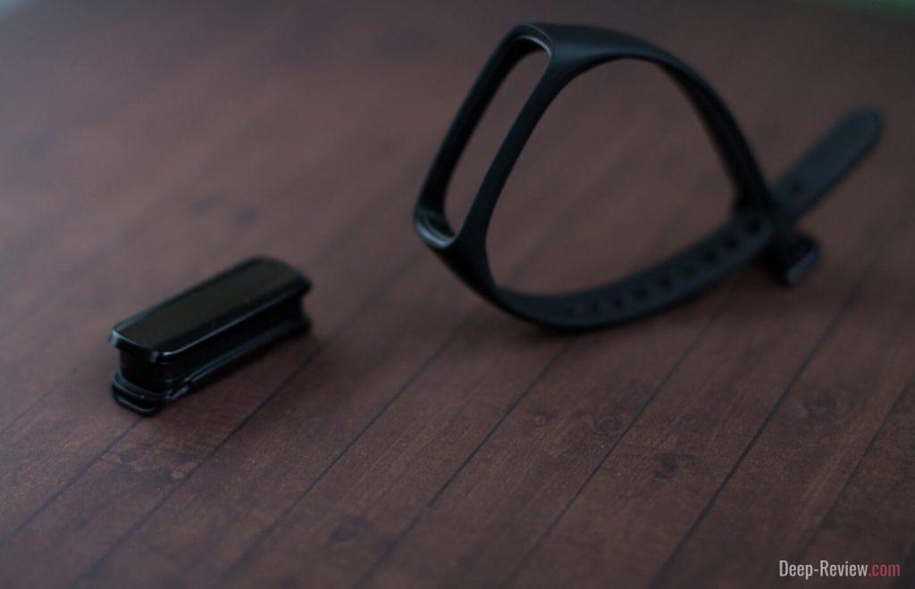 Как сменить ремешок на Samsung Galaxy Fit-e