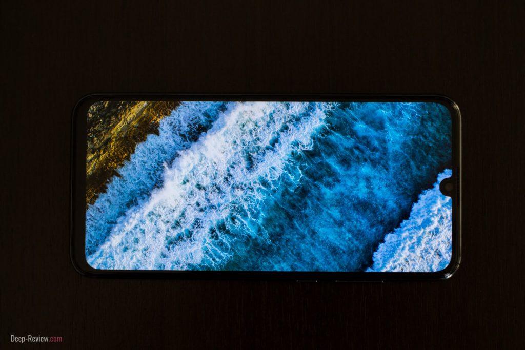 Экран Honor 10 Lite под прямым углом