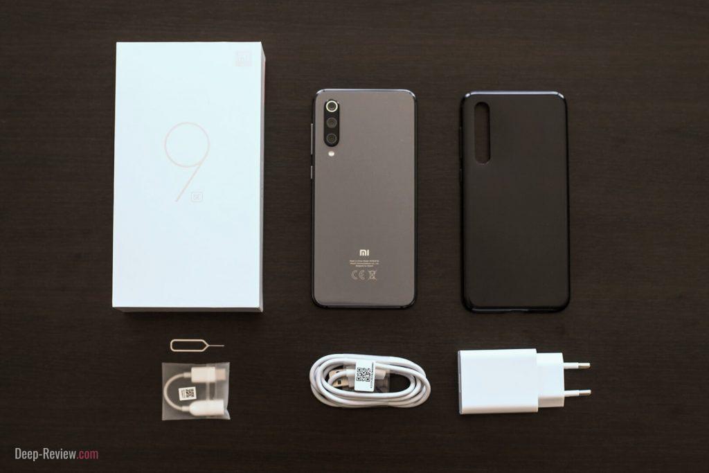 что входит в комплект с Xiaomi Mi 9 SE?