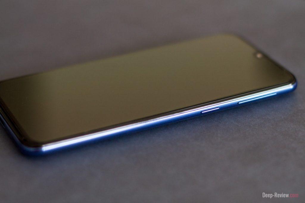 что размещено на правой грани смартфона galaxy a40
