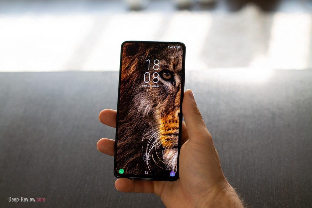 эффектный вид безрамочного экрана Xiaomi Mi 9T