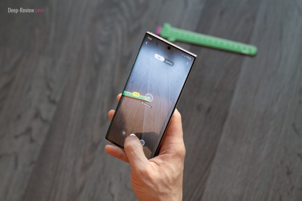 виртуальная линейка AR на Galaxy Note 10+