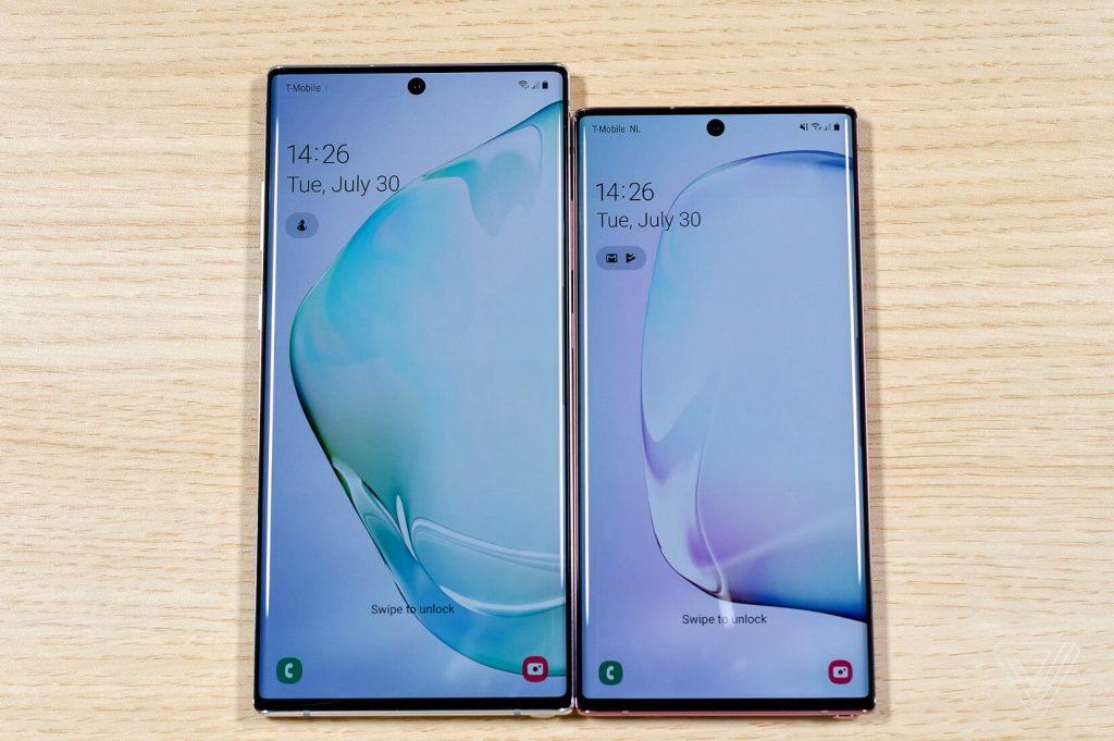 сравнение экранов Galaxy Note 10 и Note 10+