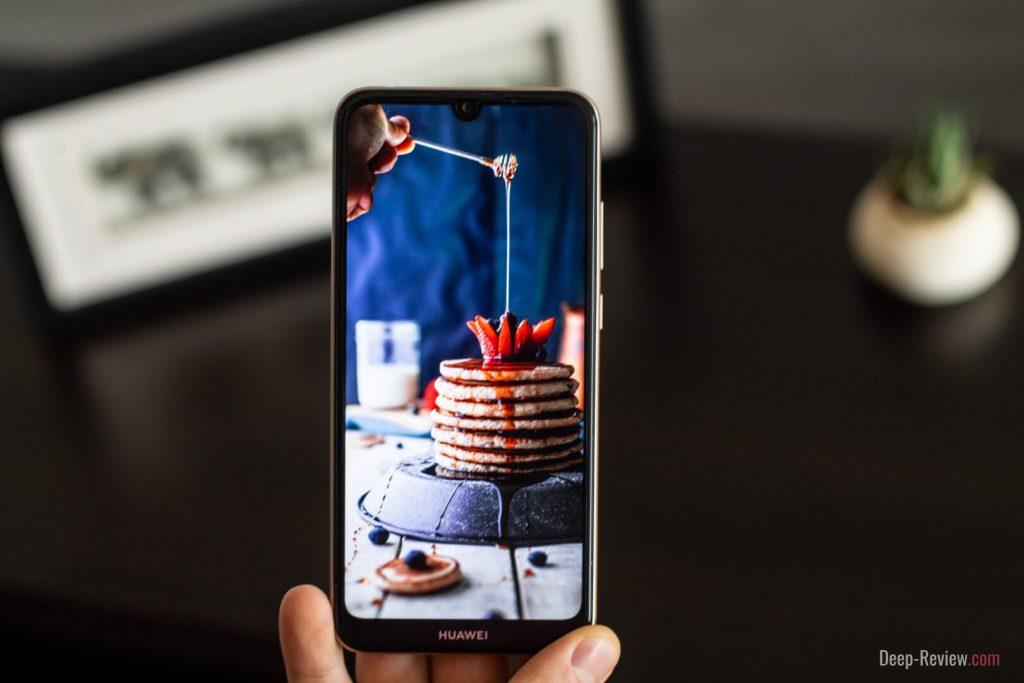 качество экрана Huawei Y6