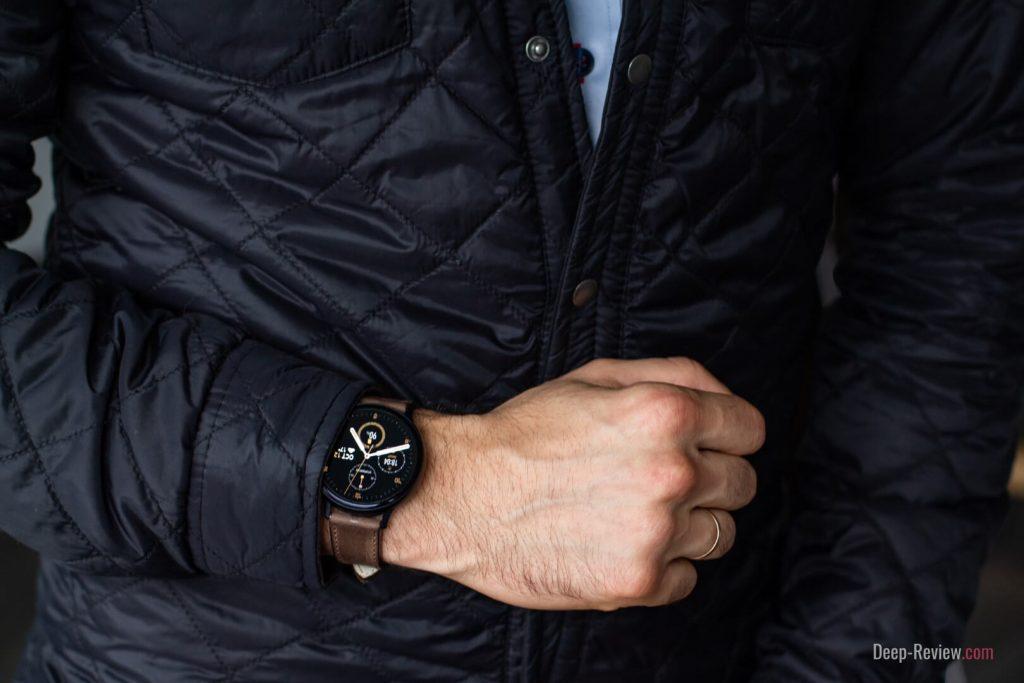 Galaxy Watch Active 2 на запястье 17 см