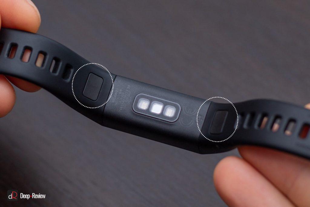 кнопки на браслете Huawei Band 4