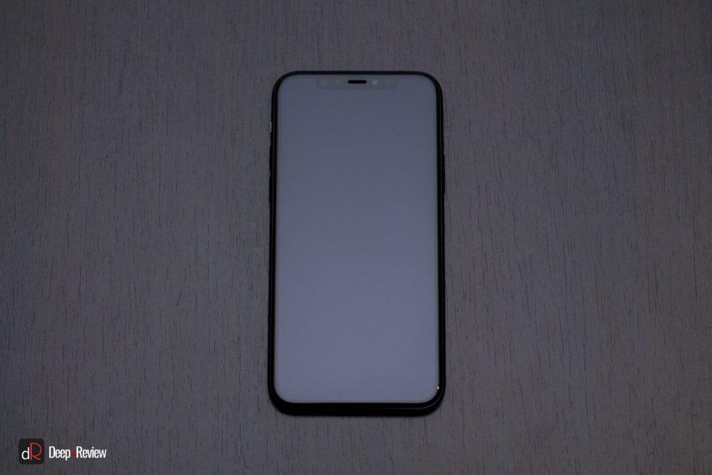 iPhone 11 Pro спереди