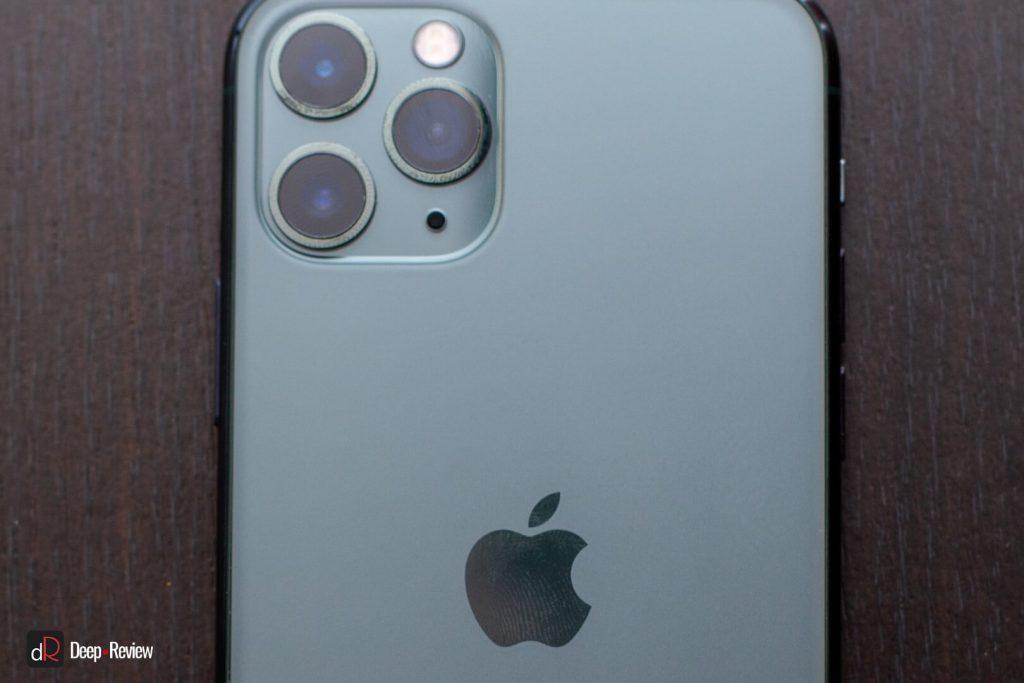отпечатки пальцев на спинке iPhone 11 Pro