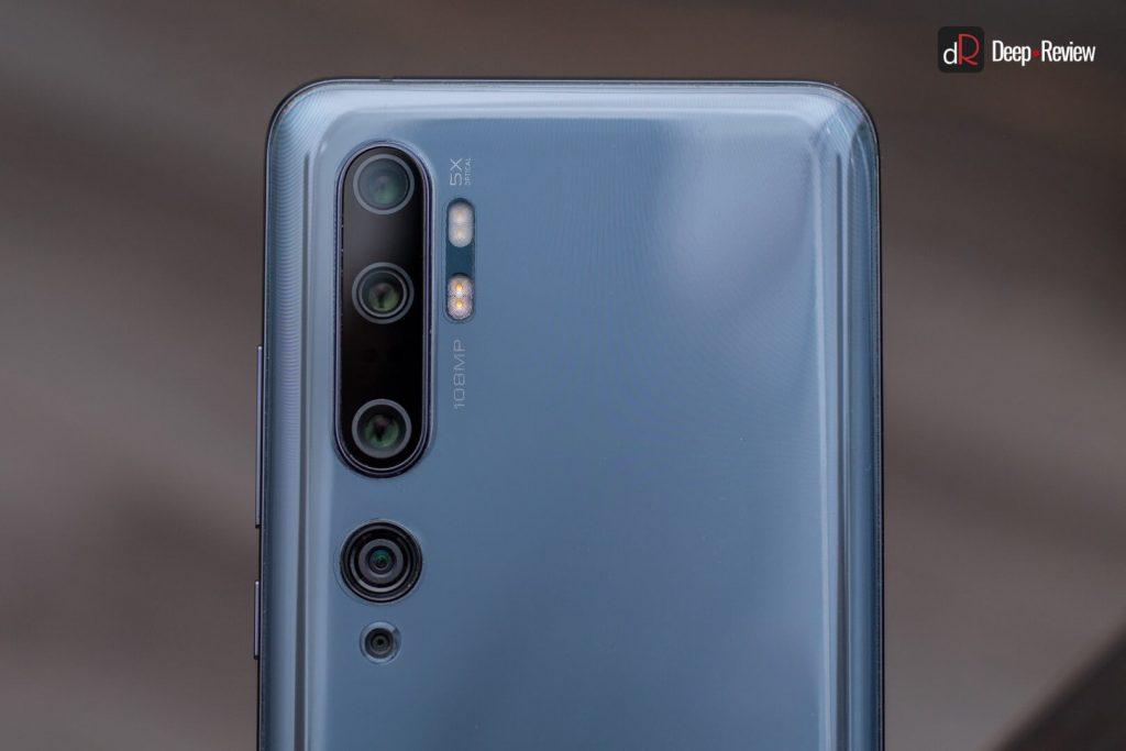 камеры и вспышка смартфона