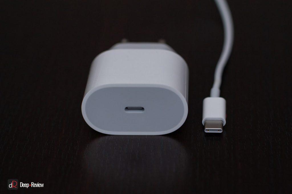 USB-C разъем на зарядке iPhone 11 Pro
