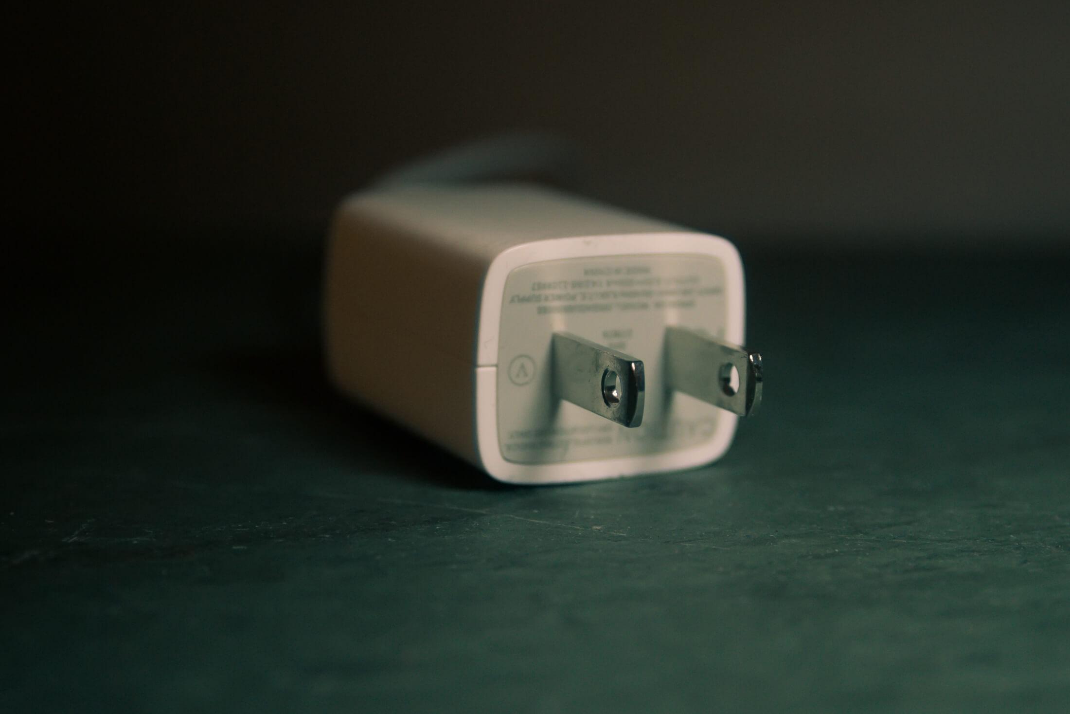 зарядка смартфона больше ампер