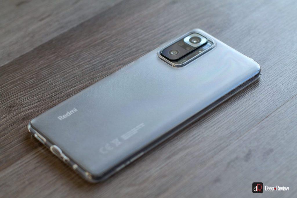 смартфон redmi note 10 pro в кейсе