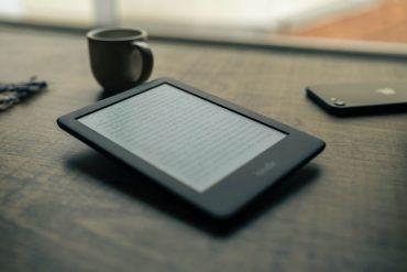 смартфон против электронной книги